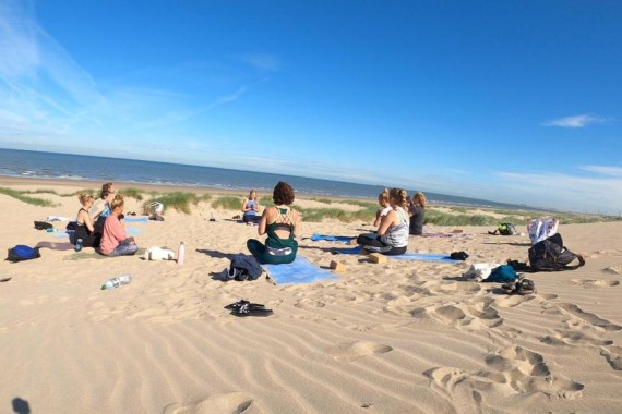 camping de lakens wellness yoga yogaweekend inge strand