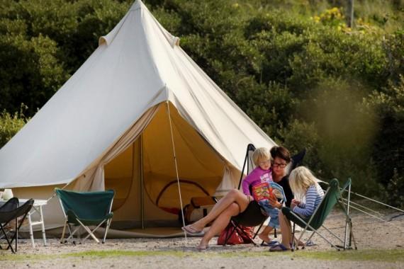Camping_de_lakens_kamperen_gezin_tent