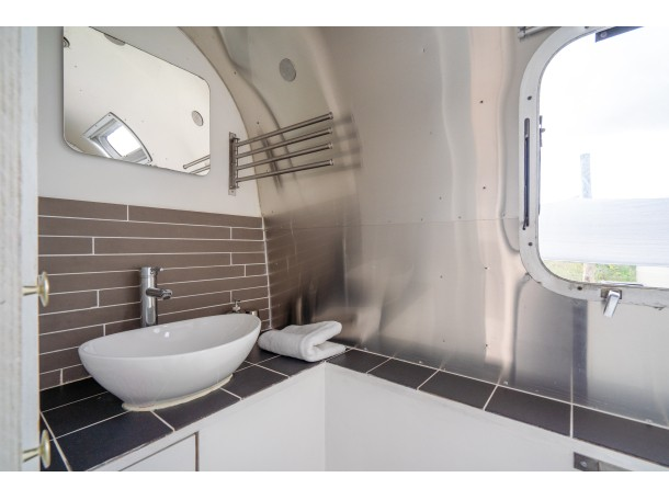 best authentic 9993e eeff6 A7304718.jpg airstream ...