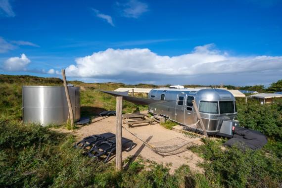 Lakens_Airstream_vakantie_duinen_logeren_sauna_luxe_glamping
