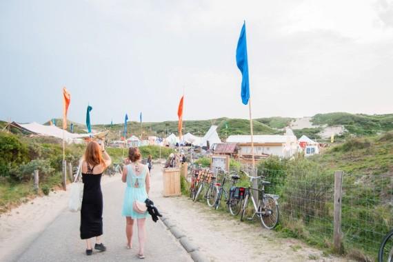 Lakens_ingang_surfana_festival_bloemendaal.JPG